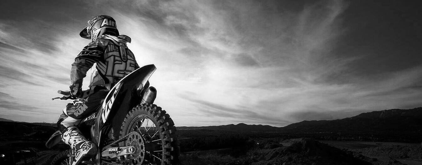 motorcycle rental dubai